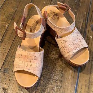 "Kirk Ease platform ""Kiern"" sandals"
